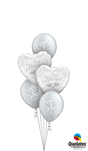 Just Married Entwined Hearts
